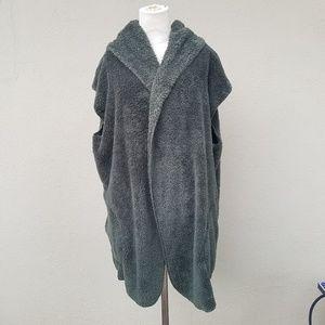 Fuzzy blanket hoody vest